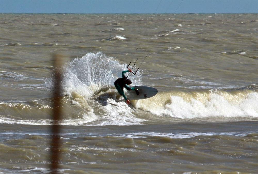 Tavola unica per il surf e per il kite un sogno proibito kitesoul magazine - Tavola surf usata subito it ...